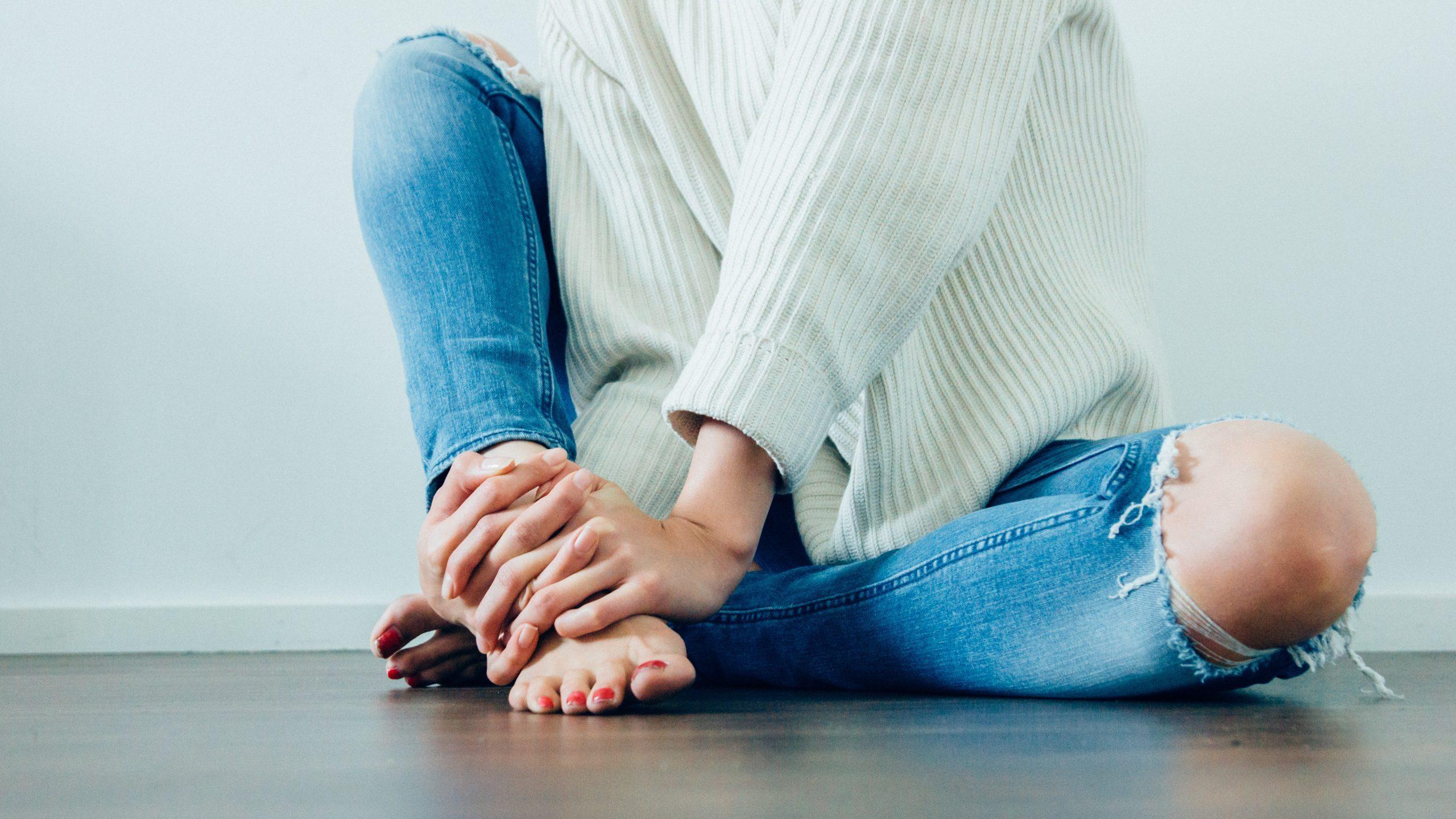 Regelschmerzen lindern – Was du wirklich tun kannst Anne Lippold Fraulichkeit
